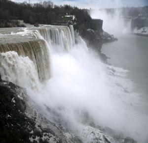 american falls-464568956