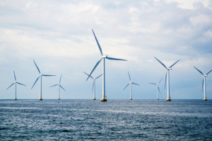 BLOG_offshore wind turbines_ThinkstockPhotos-505771725