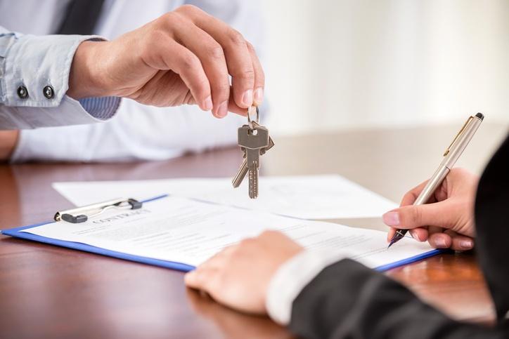 Real Estate closing image.jpg